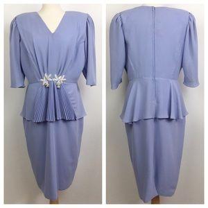 vintage peplum waist pleated mini dress